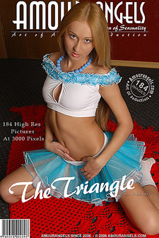 Amour Angels - Anna (Juliette) - The Triangle